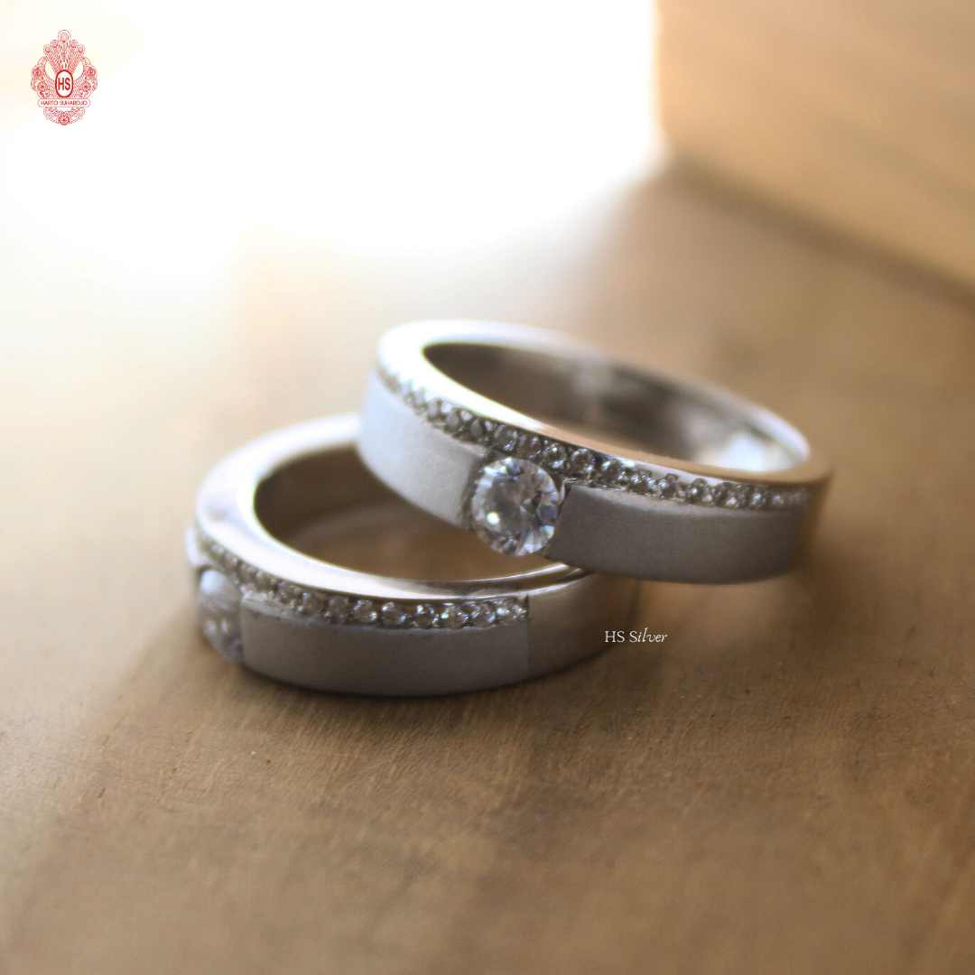 MIX AND MATCH COUPLE RING